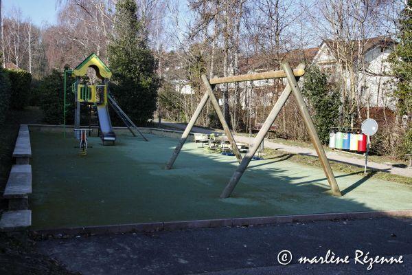place-jeux-vigny-1371D92EE-D71D-5A21-9BFB-AEF2DF6FC73B.jpg